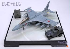 EA-4Cmodel05.jpg